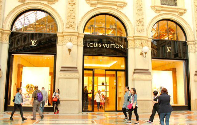 Milan_Galleria_vittorio_emanuele_II_9