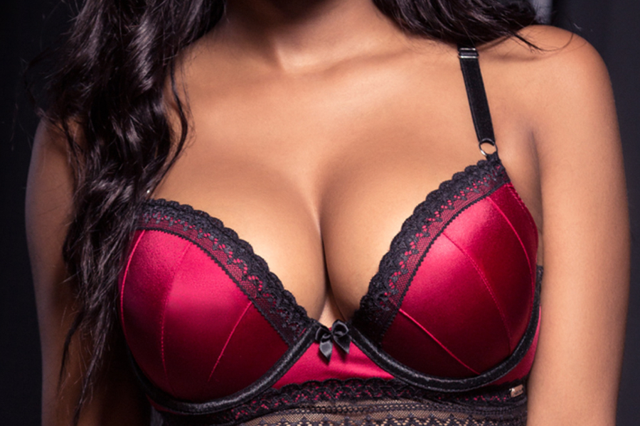 8 Bras That Every Woman Should Have